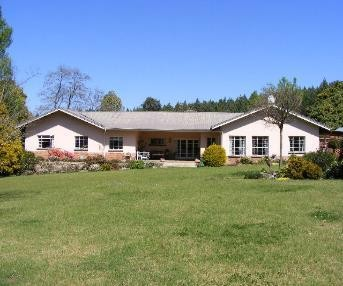 Fantastic Business Opportunity with two houses and a cottage